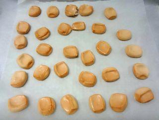 マシュマロを焼いてクッキーを作る